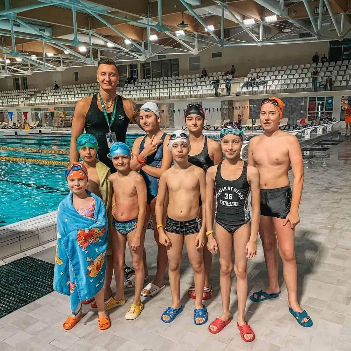 Vaikų Plaukimo Pamoka Klaipėdos Baseine
